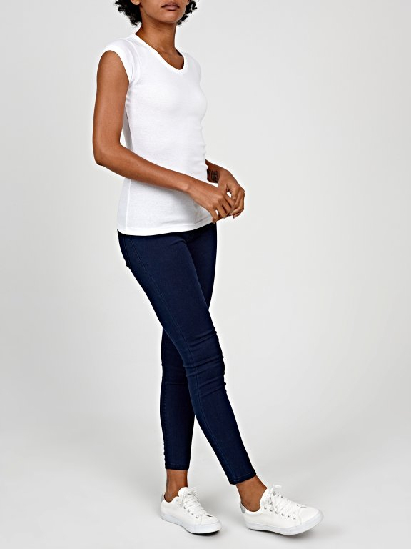 Basic low rise skinny jeans