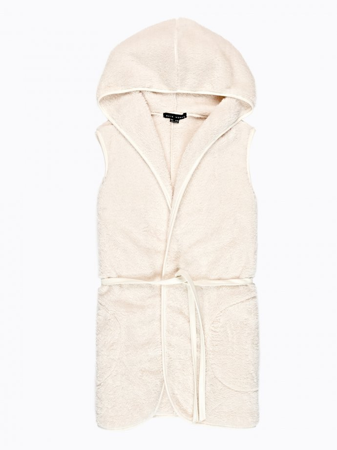 Pile vest with hood