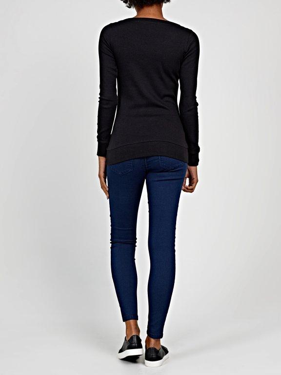 Basic v-neck rib-knit t-shirt