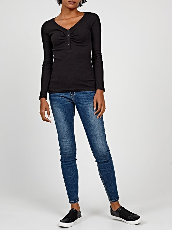 Basic skinny jeans in mid blue wash