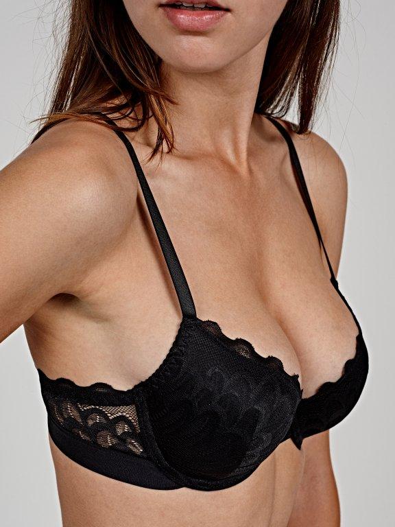 Push-up lace bra