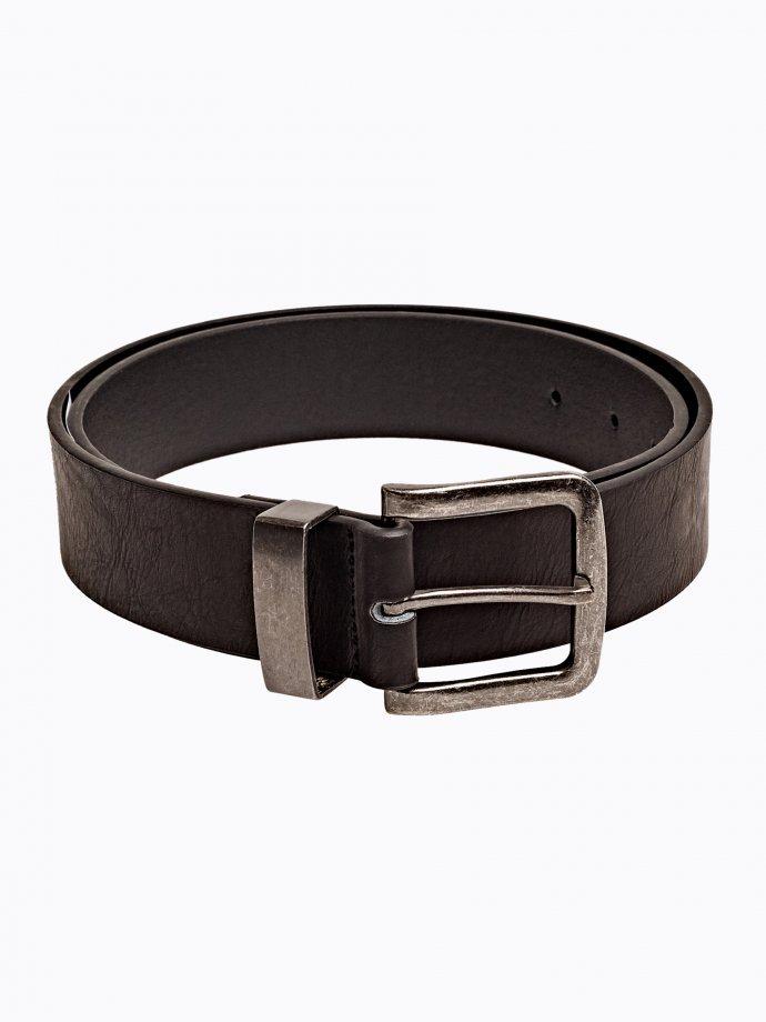 Wide belt with metal buckle