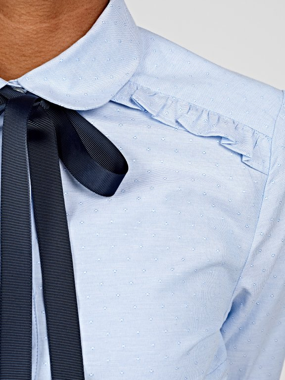Shirt with bow tie and ruffle detail