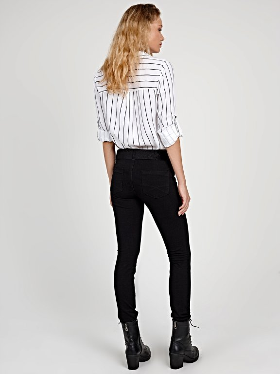 Striped shirt with pockets and contrast buttons