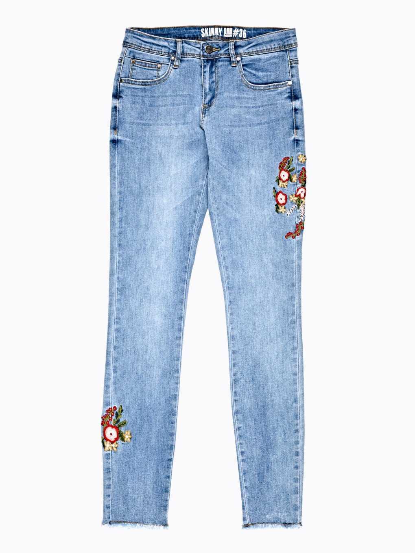 Džínsy skinny s kvetinovou výšivkou