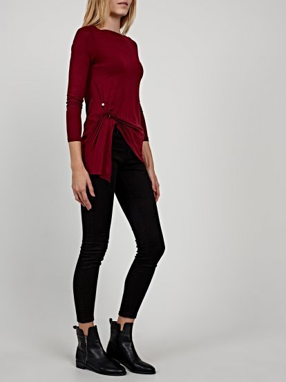 Asymmetrical top with pearl application