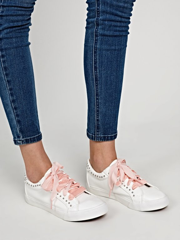 Velvet shoelaces