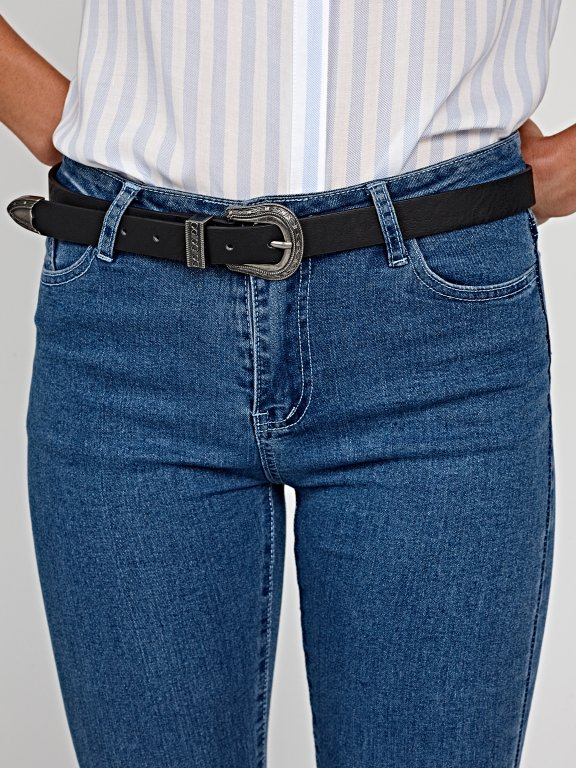 Narrow belt with decorative buckle