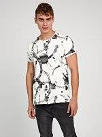 PRINTED T-SHIRT WITH RAW NECK TRIM