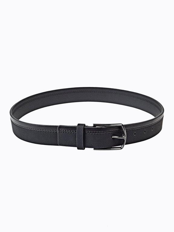 Belt with metal buckle