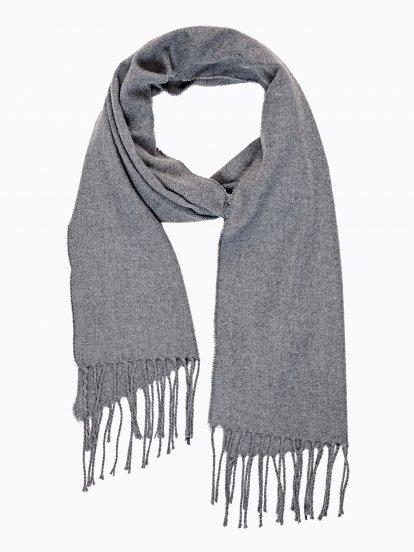 Jednoduchý šátek se střapci