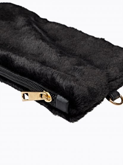 FAUX FUR MULTIPURPOSE CASE