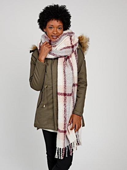 Plaid oversized scarf with tassels
