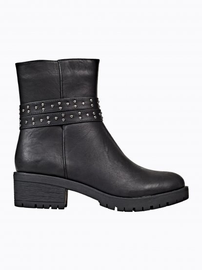 WARM ANKLE BOOTS WITH TRACK SOLE