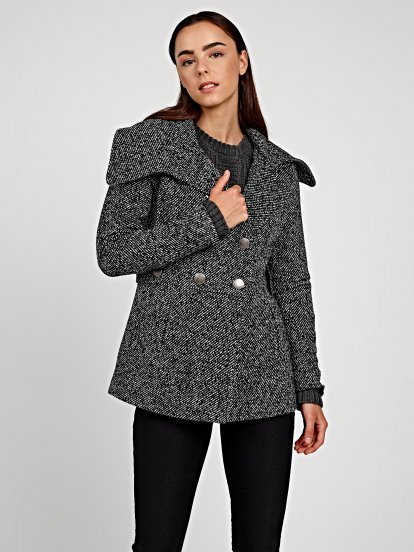 Basic pea coat in wool blend