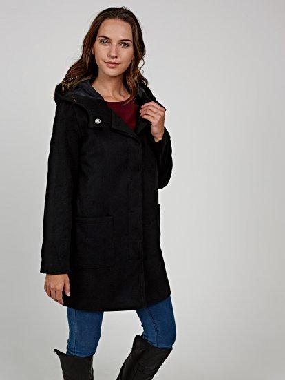 Plain coat with oversized hood