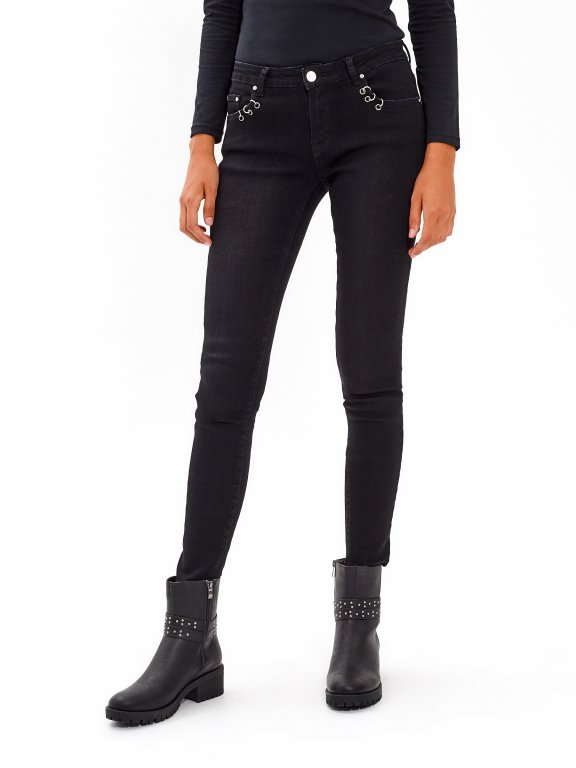 SKINNY JEANS WITH METAL RING DETAILS