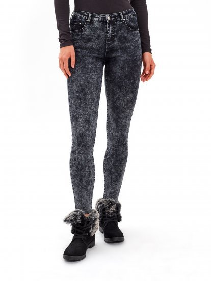 SKINNY JEANS IN DARK GREY SNOW WASH