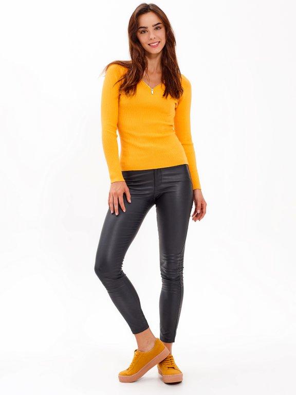 Rib-knit jumper with front zipper