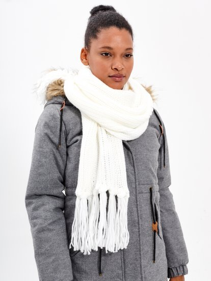 LONG RIB-KNIT SCARF WITH TASSELS