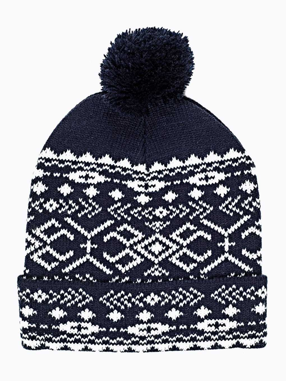 Wzorzysta czapka z pomponem