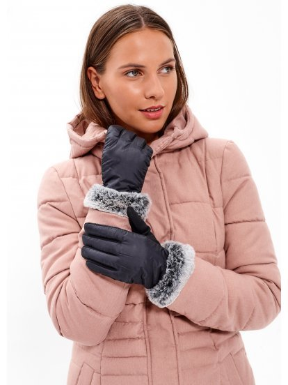 Combined gloves with faux fur