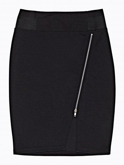 Pouzdrová sukně s asymetrickým zipem