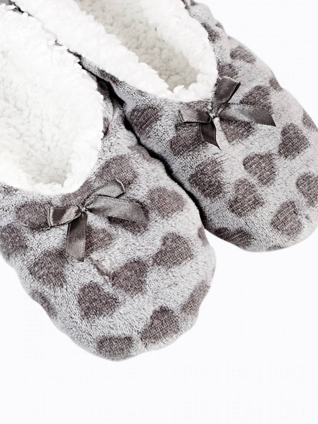 HEARTS PRINT SLIPPERS
