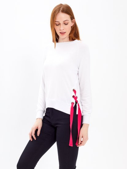 JUMPER WITH SIDE LACING