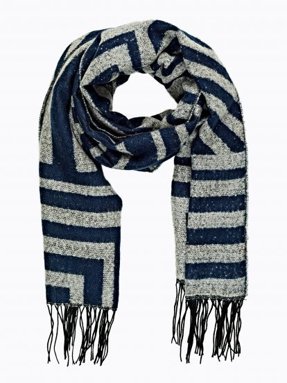 Striped scarf with fringes