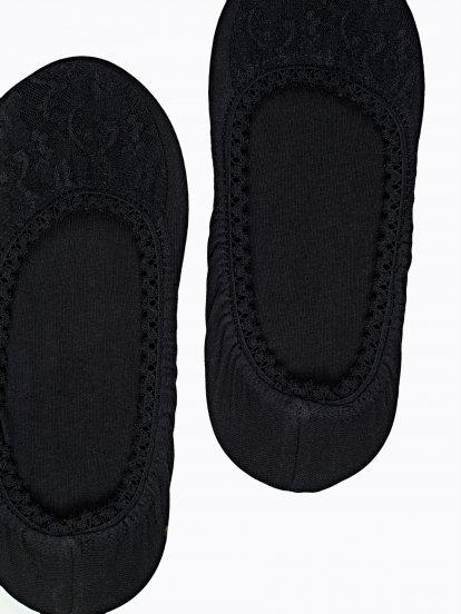 Sada dvoch párov čipkových ponožiek