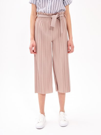 Pleated paperbag trousers