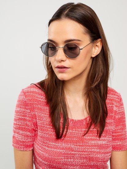 Kulaté sluneční brýle