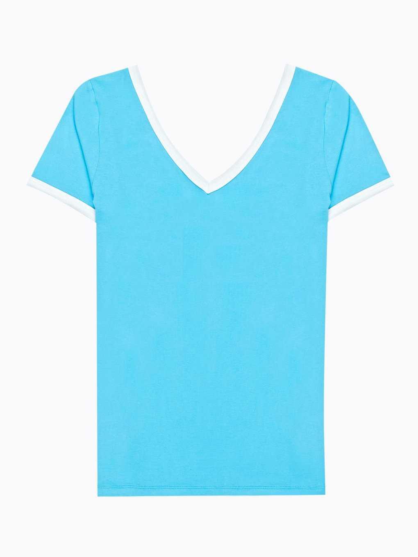 Jednoduché tričko s kontrastním lemem