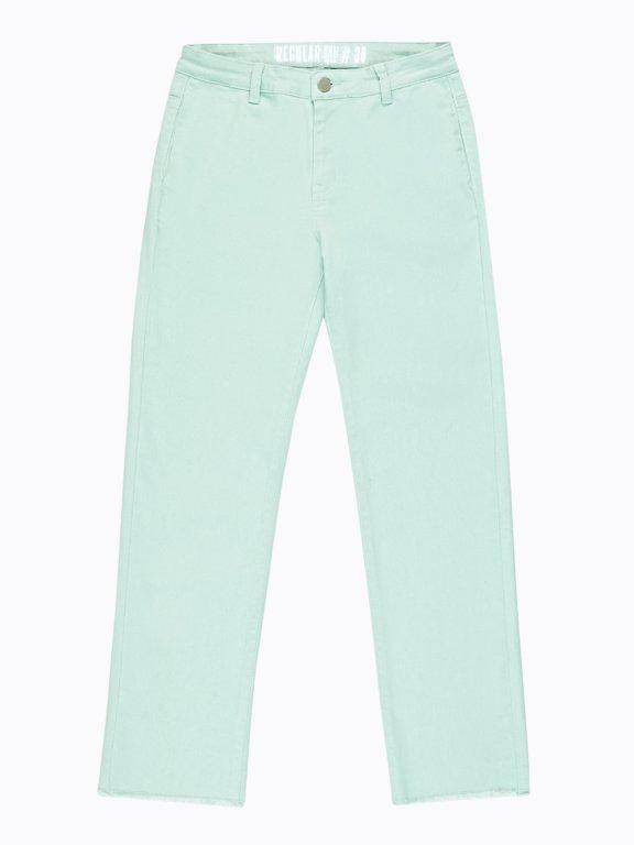 Jeansy o prostych nogawkach