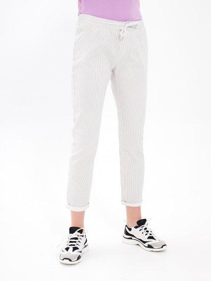 Prúžkované strečové nohavice
