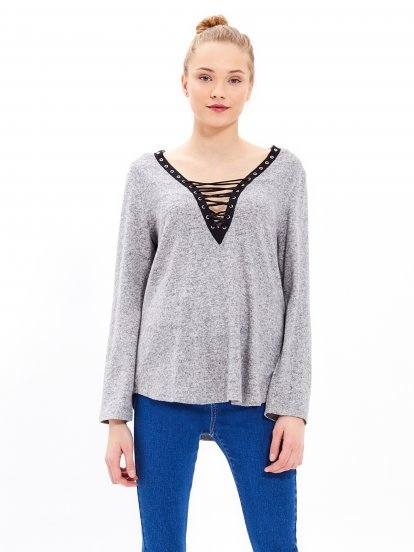 Marled top with front lacing