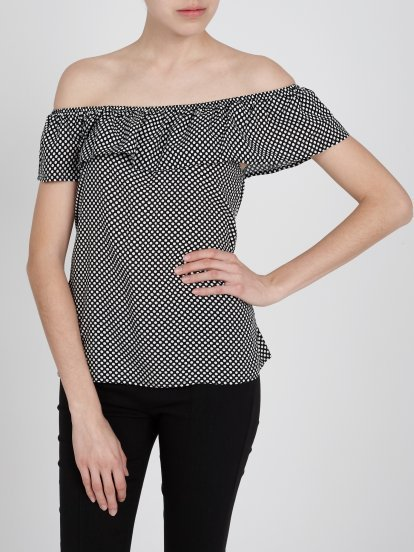 POLKA DOT PRINT TOP WITH RUFFLE
