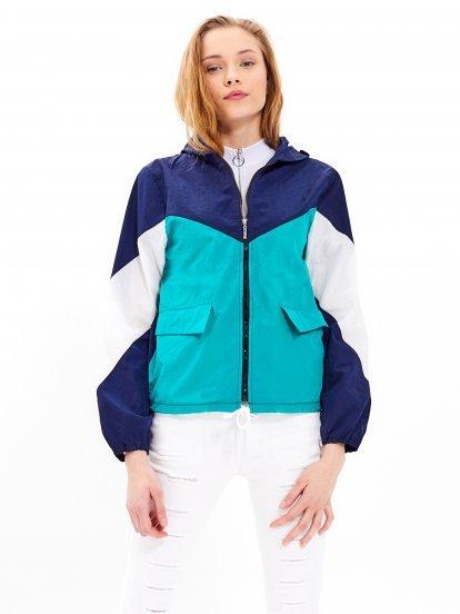 Vícebarevná bunda