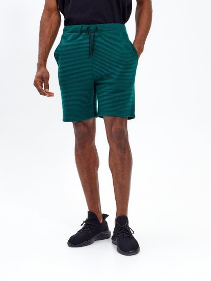Structured sweatshorts