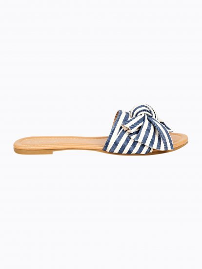 Flat slides with stripes and ribbon