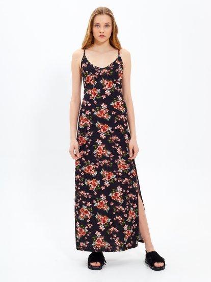 Długa sukienka z nadrukiem kwiatowym