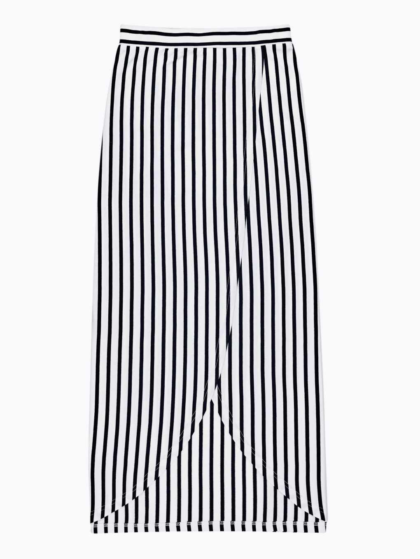 Długa spódnica w prążki