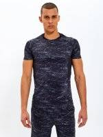 Compresive sports t-shirt with print