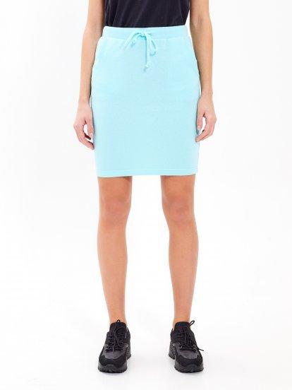 Základná sukňa s vreckami
