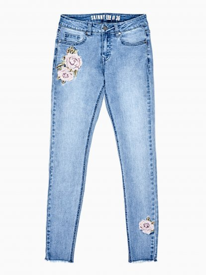 DAMAGED SKINNY JEANS WITH EMBROIDERY
