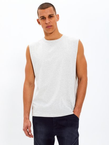 Dropped armholes tank