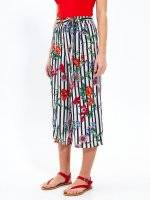 Striped culottes with flower print