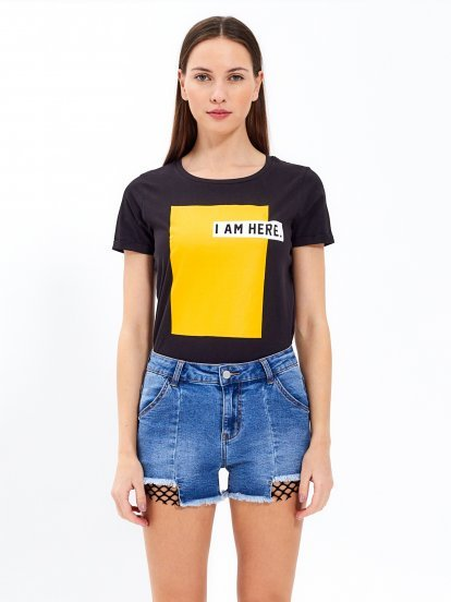 T- shirt with print