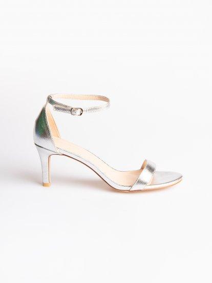 Sandále na vysokém podpatku